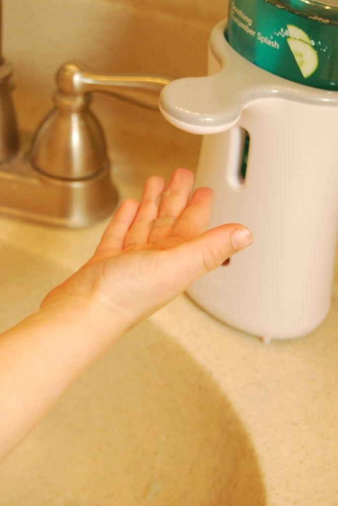 Lysol No Hands Dispenser