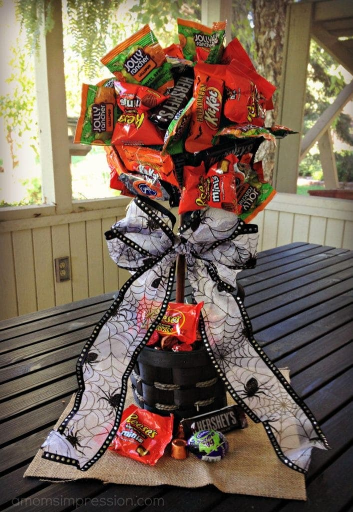 Diy Halloween Candy Topiary A Mom S Impression Recipes Crafts Entertainment And Family Travel