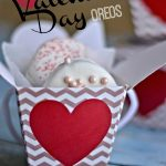 Chocolate Covered Valentine's Day Oreos