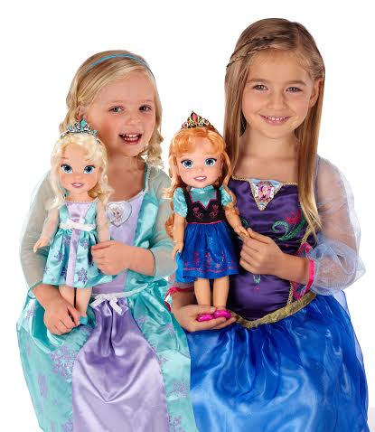 FROZEN Dresses and Dolls