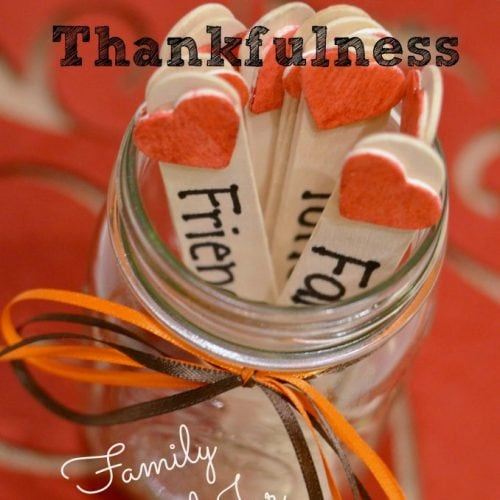 Teaching toddlers at home can sometimes be a struggle but it's definitely neccesary! If you're looking for ways to teach toddlers thankfulness this Thanksgiving season, this is a great activity to help them understand what the Thanksgiving holiday is all about! #ad