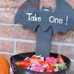 DIY Glow in The Dark Halloween Candy Sign