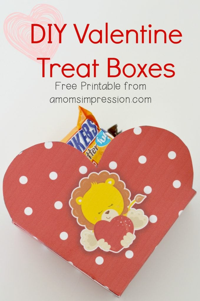 These fun DIY printable Valentine's Day treat boxes are perfect for kids. You can fill them with candy and favors for school friends! #ValentinesDay