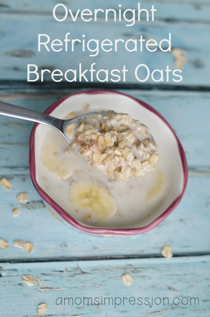Overnight refrigerated breakfast oats are the perfect easy breakfast idea and a super easy recipe to follow! These overnight oats can be jazzed up in so many different ways using the toppings of your choice. #ad#
