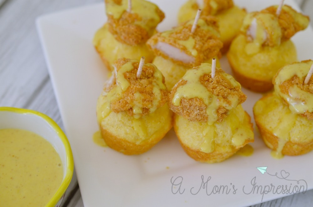 chicken-and-cornbread-bites-with-homemade-honey-mustard-sauce-2