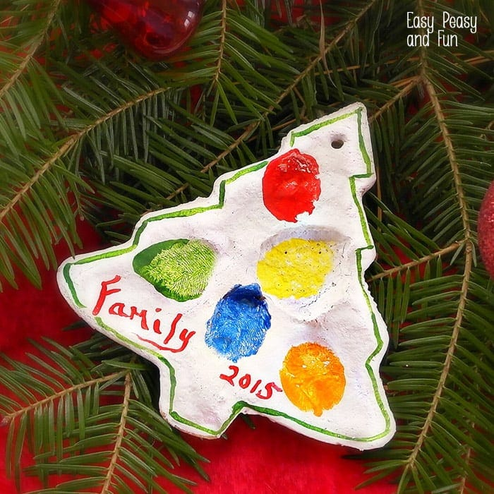 Christmas Ornament Ideas For Kids-Thumbprint on Ornament