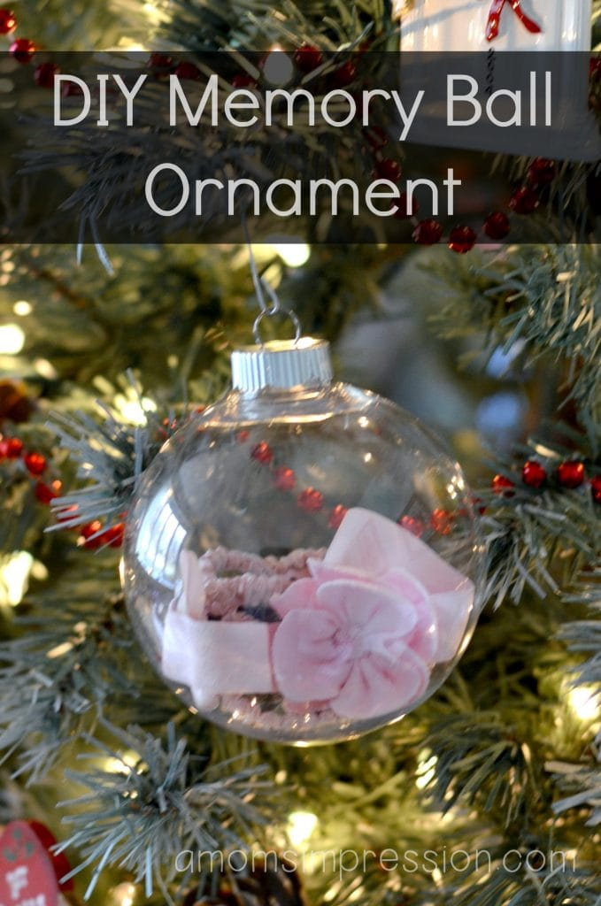 DIY Christmas Ornaments Memory Ball