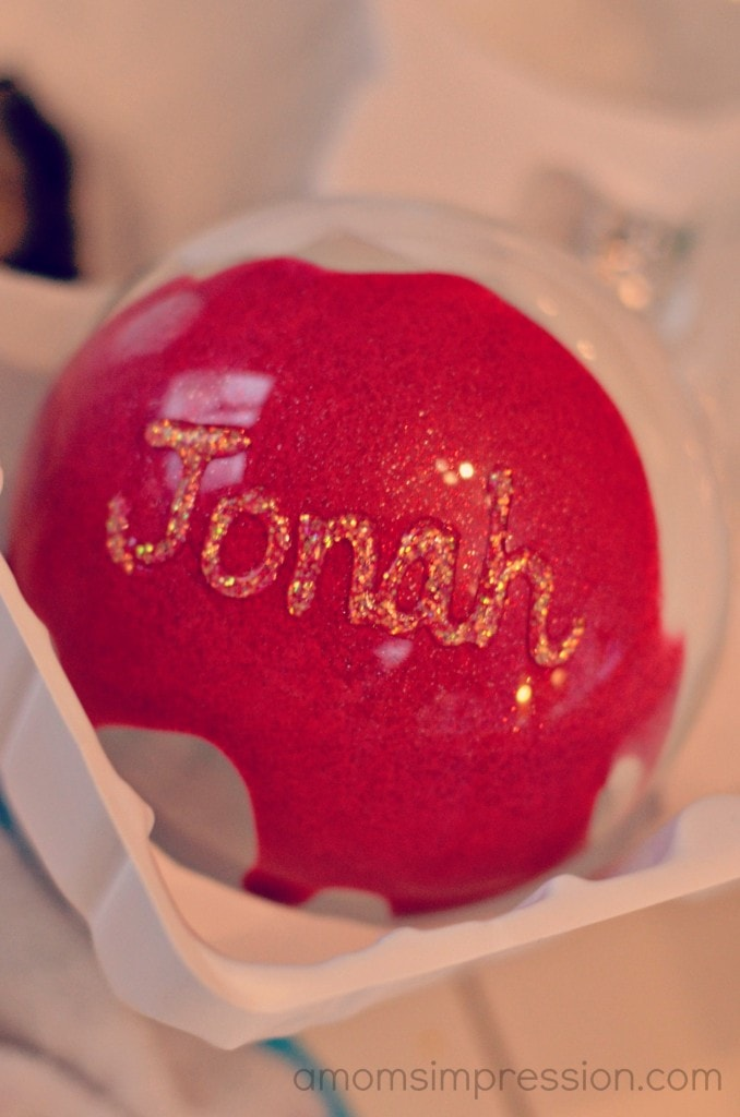 Homemade Christmas Ornaments With Glitter