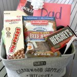 5 Tips to Create a Father's Day Gift Basket Dad will Love