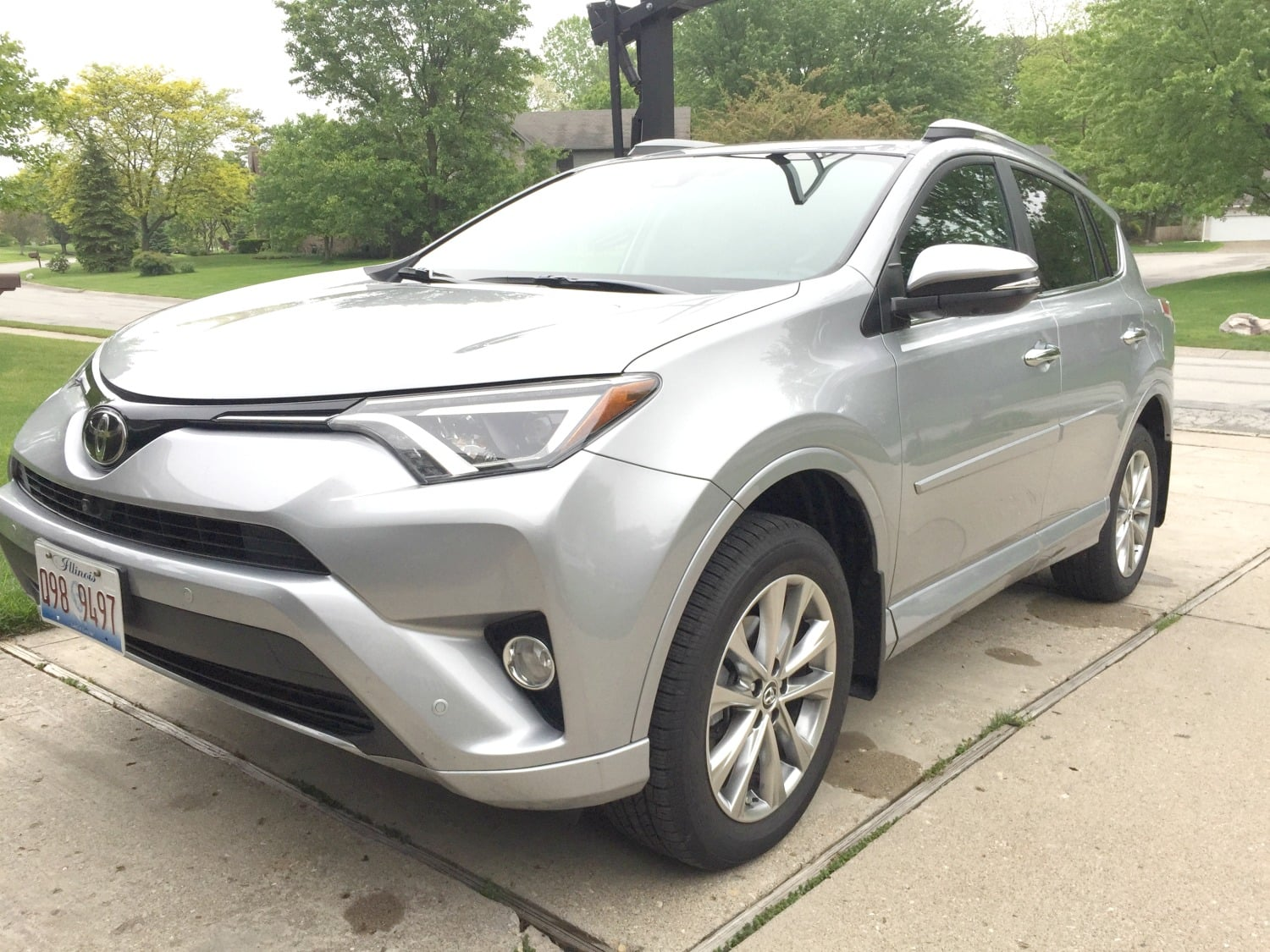2017 Toyota RAV4 Platinum Review