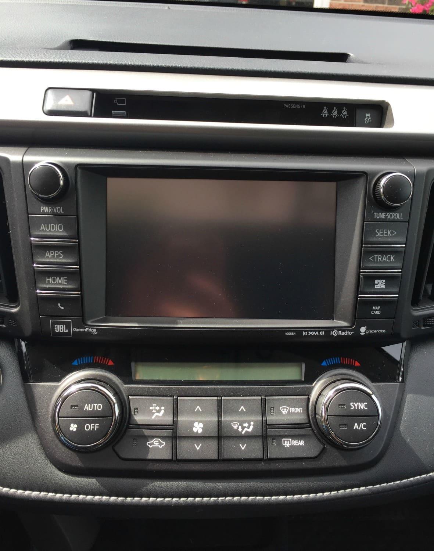 2017 Toyota RAV4 nav system