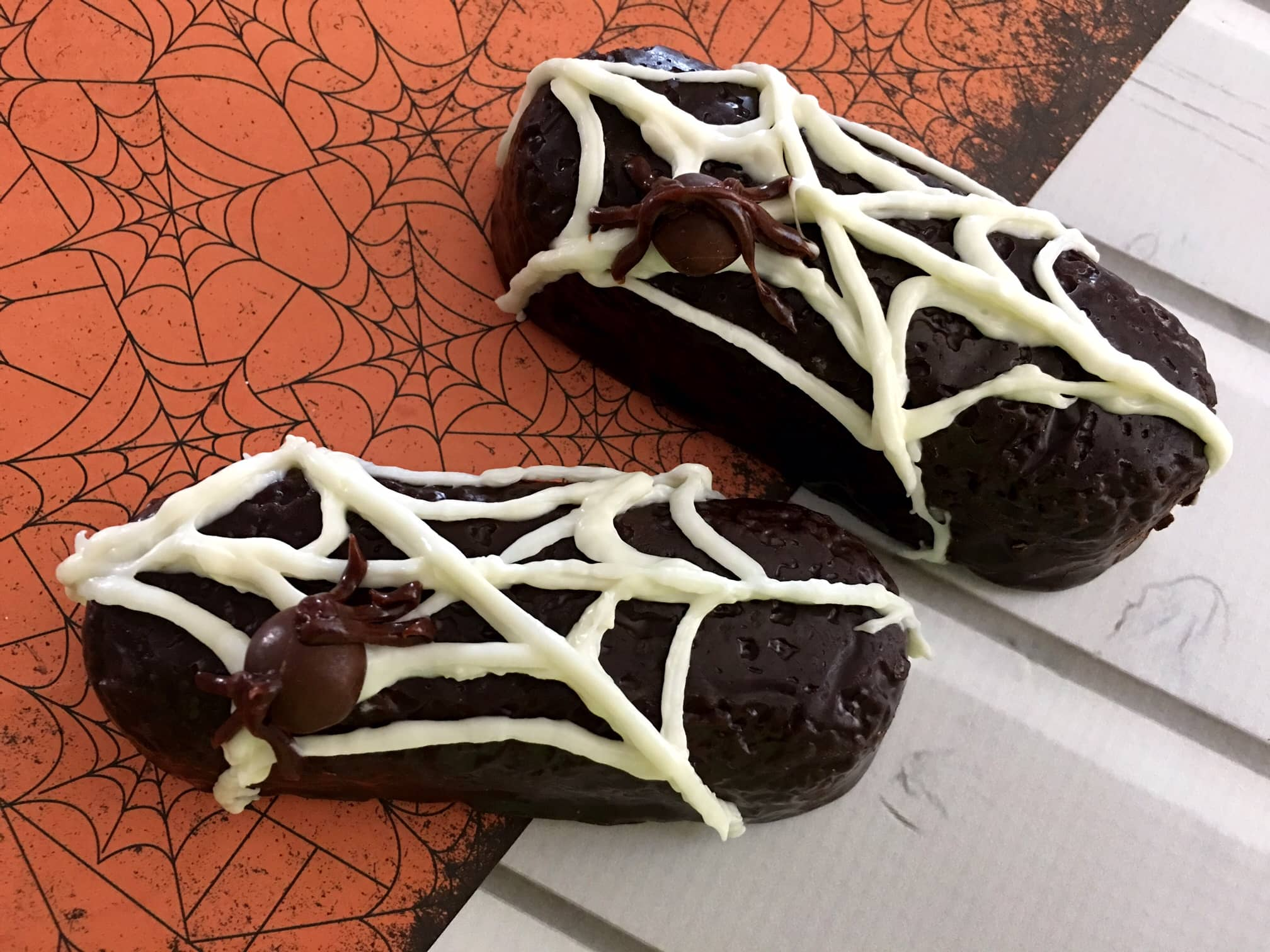 Spider web Twinkies