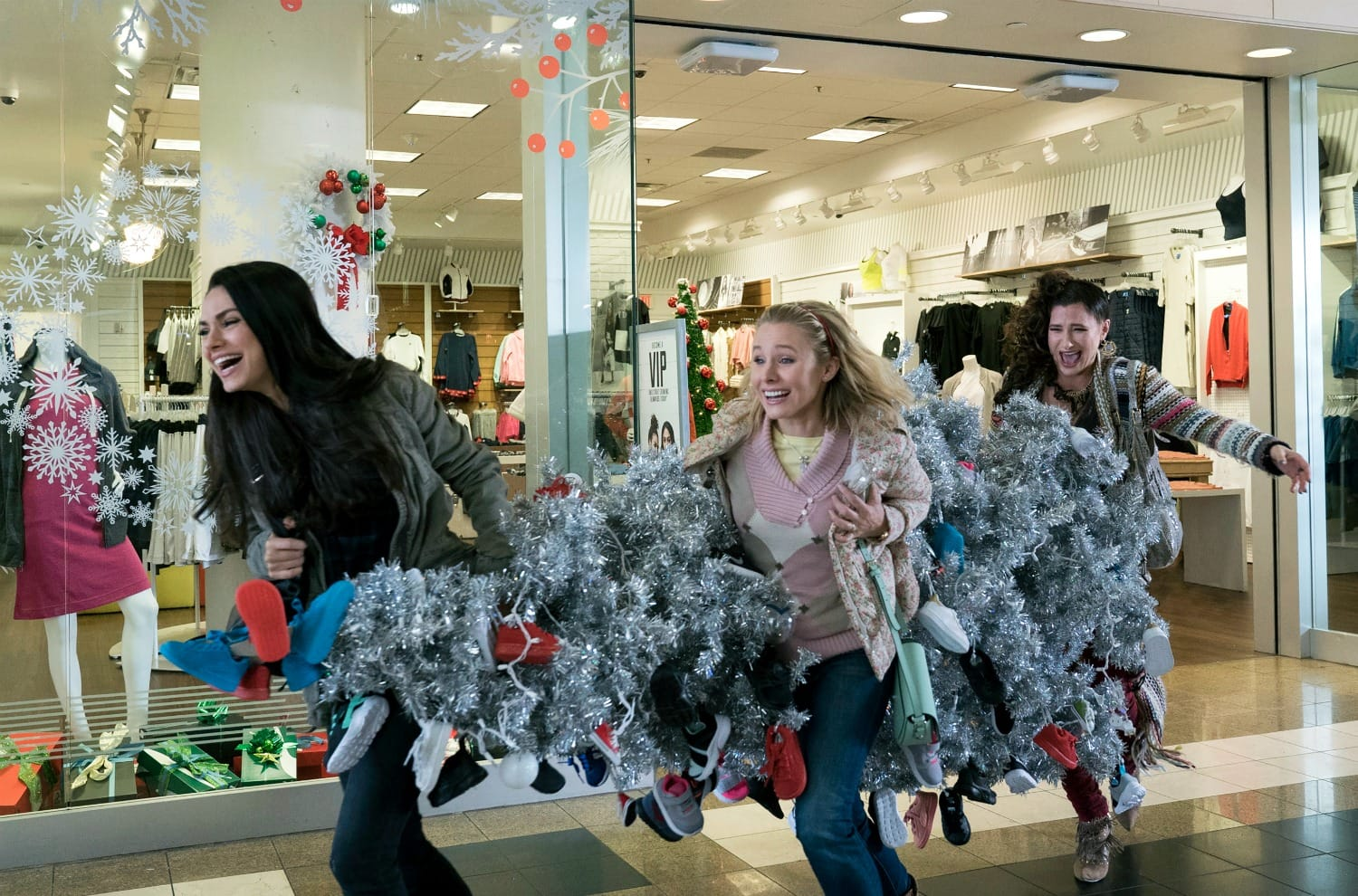 Bad Moms Stealing Christmas Tree