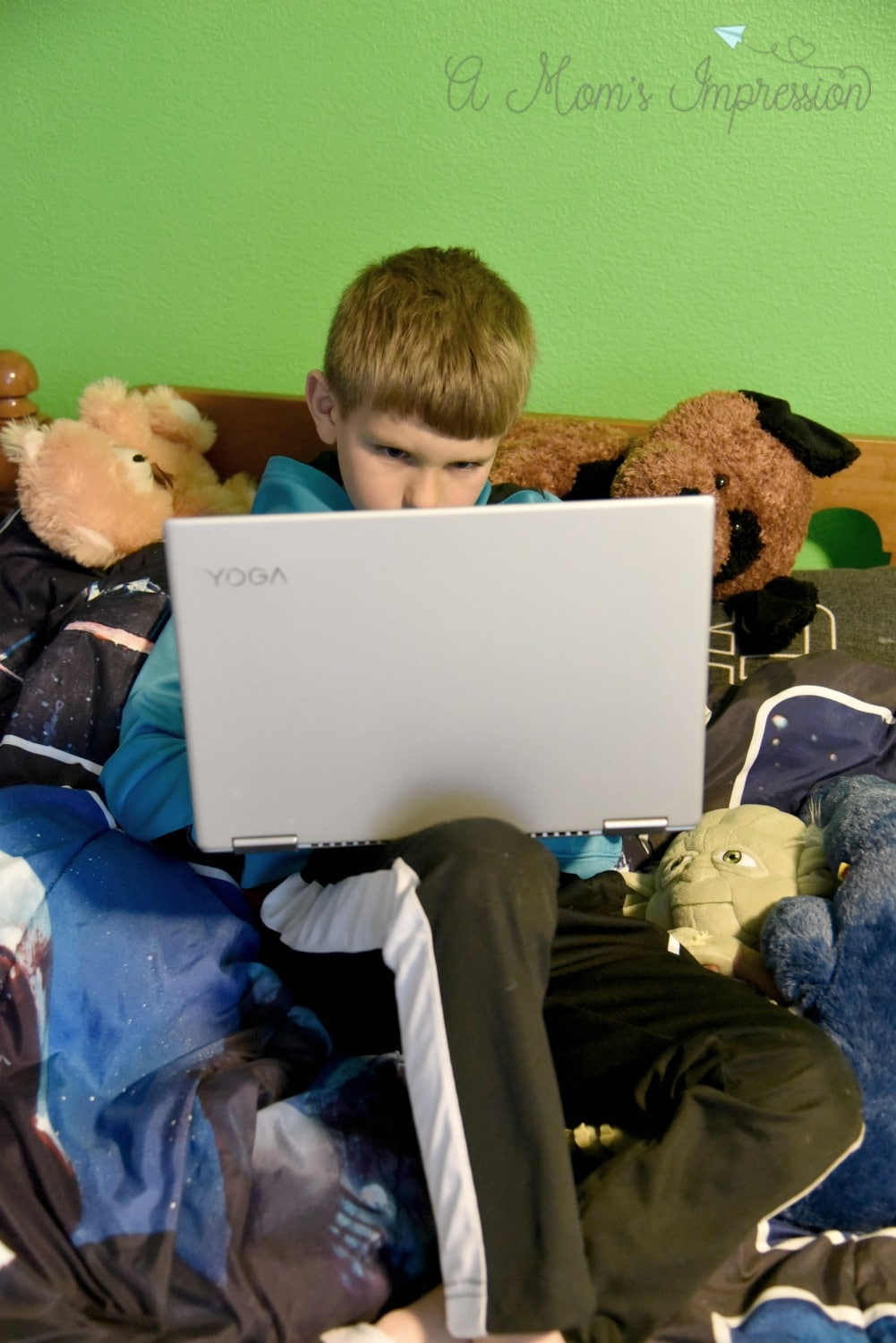 Child play games on Laptop