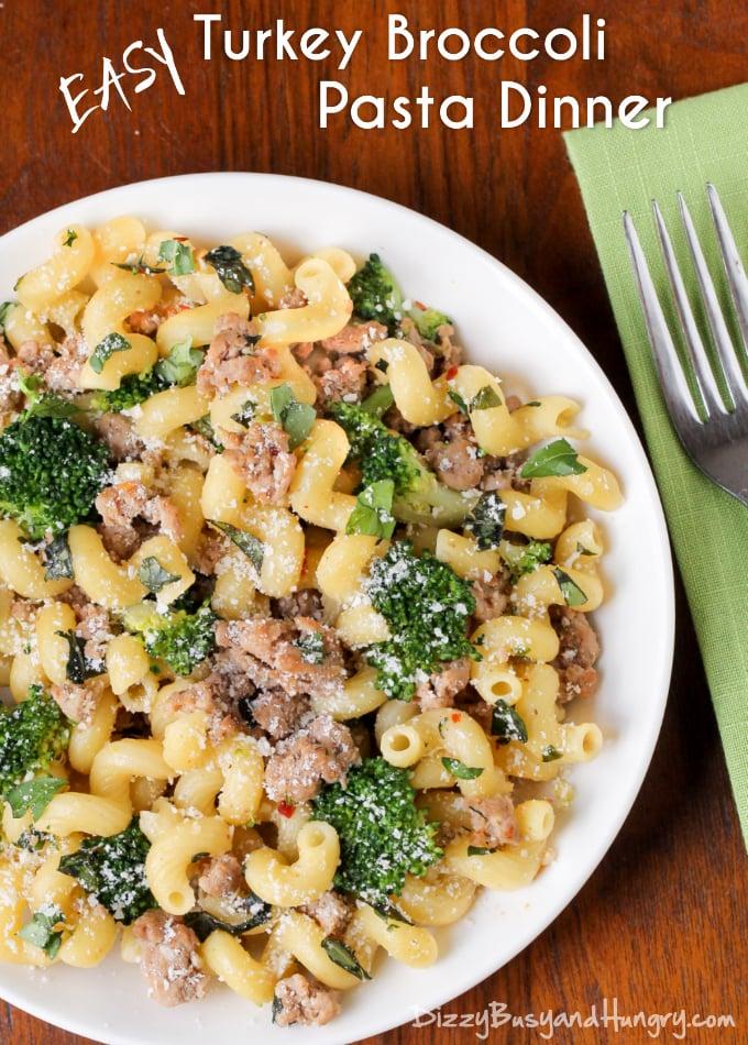 easy-turkey-broccoli-pasta-dinner-title