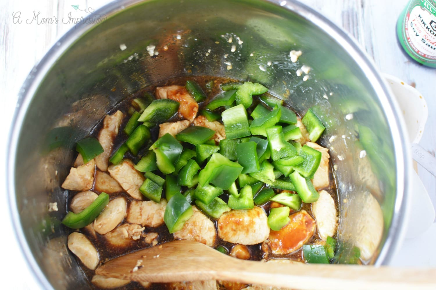 Cashew Chicken with Green peppers