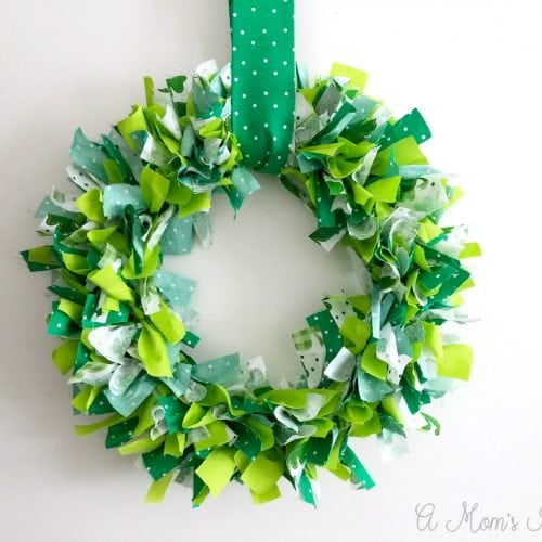 DIY Shamrock Wreath