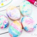 How to Tie Dye Easter Eggs the Easy Way