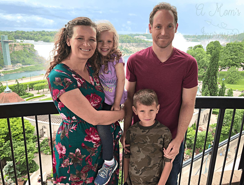 Niagara Falls Family Picture