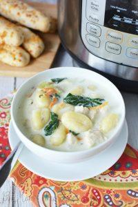 Instant Pot Olive Garden Chicken Gnocchi Soup (Copycat Recipe)
