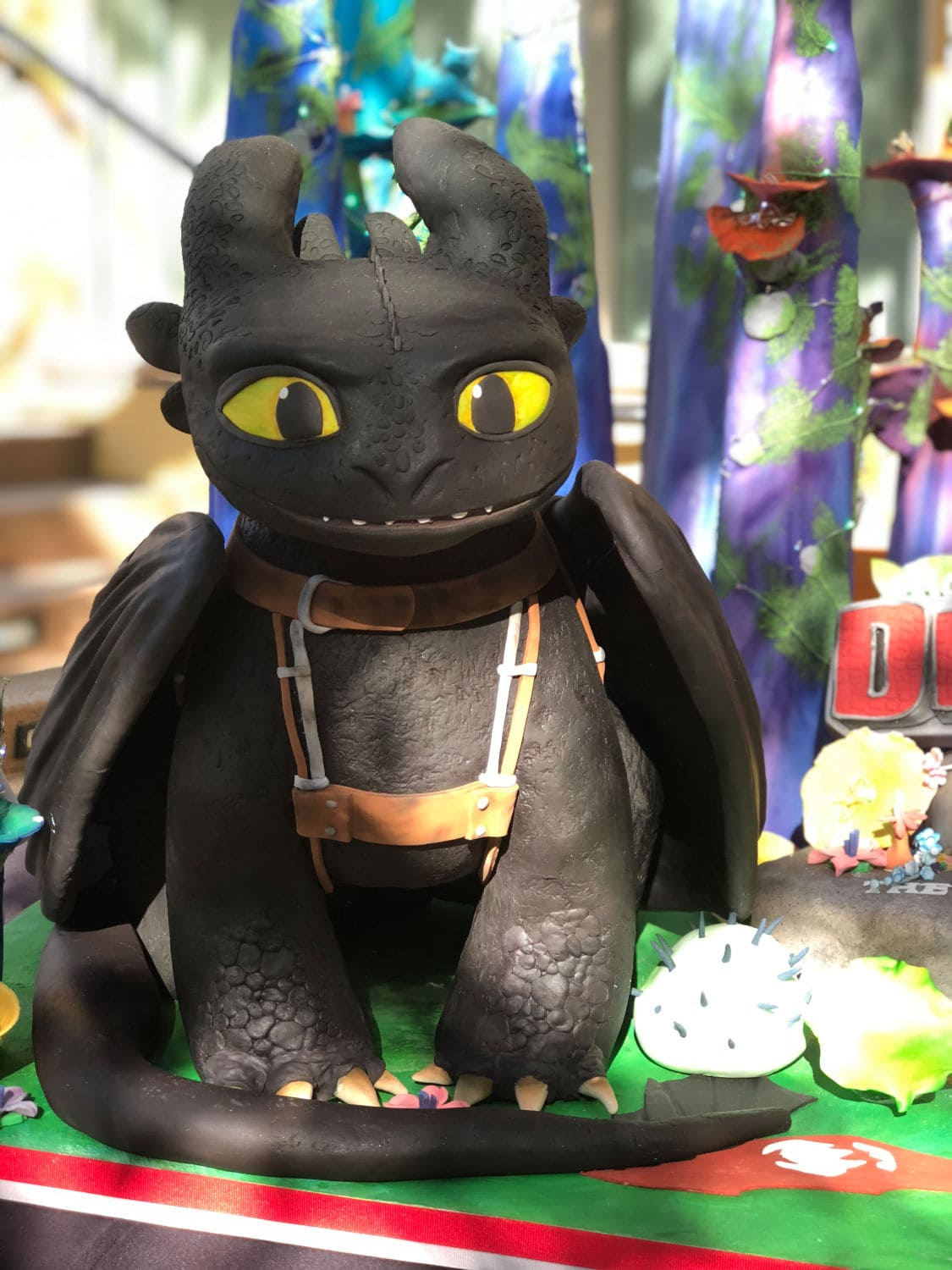 Toothless Cake by Duff Goldman