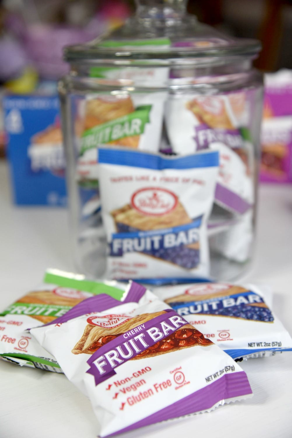 Fruit bars in jars