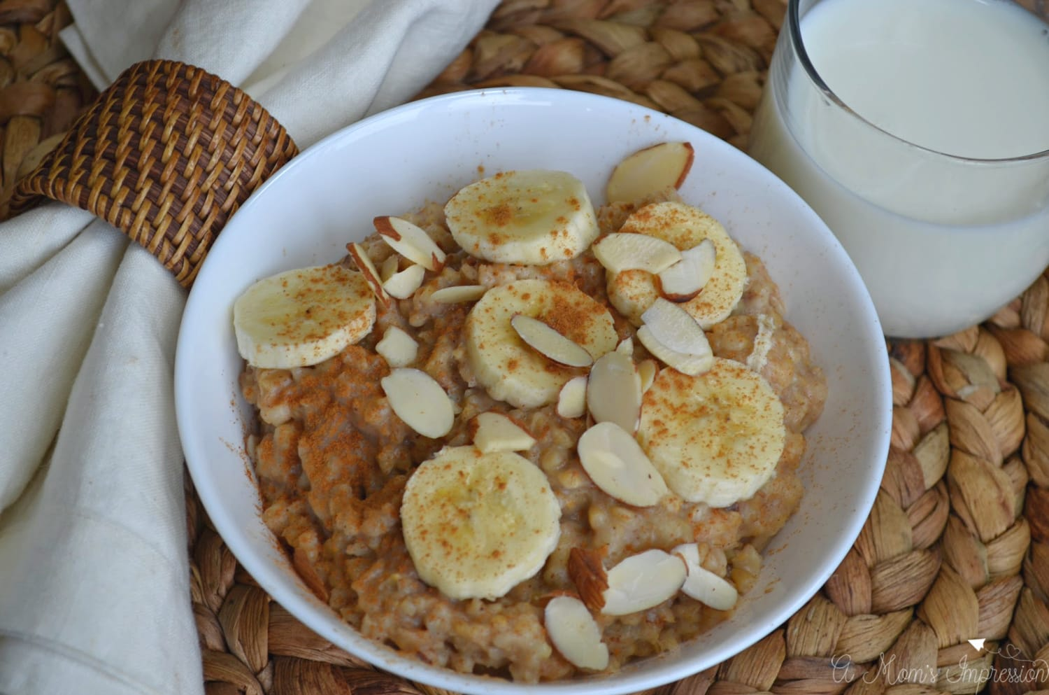 Easy Slow Cooker Oatmeal with Milk