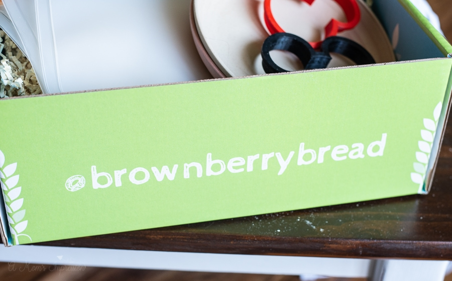 a green box that says brownberrybread on it