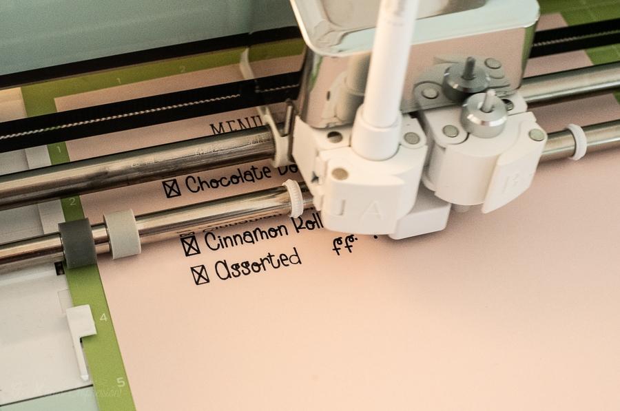 cricut machine using an ink pen