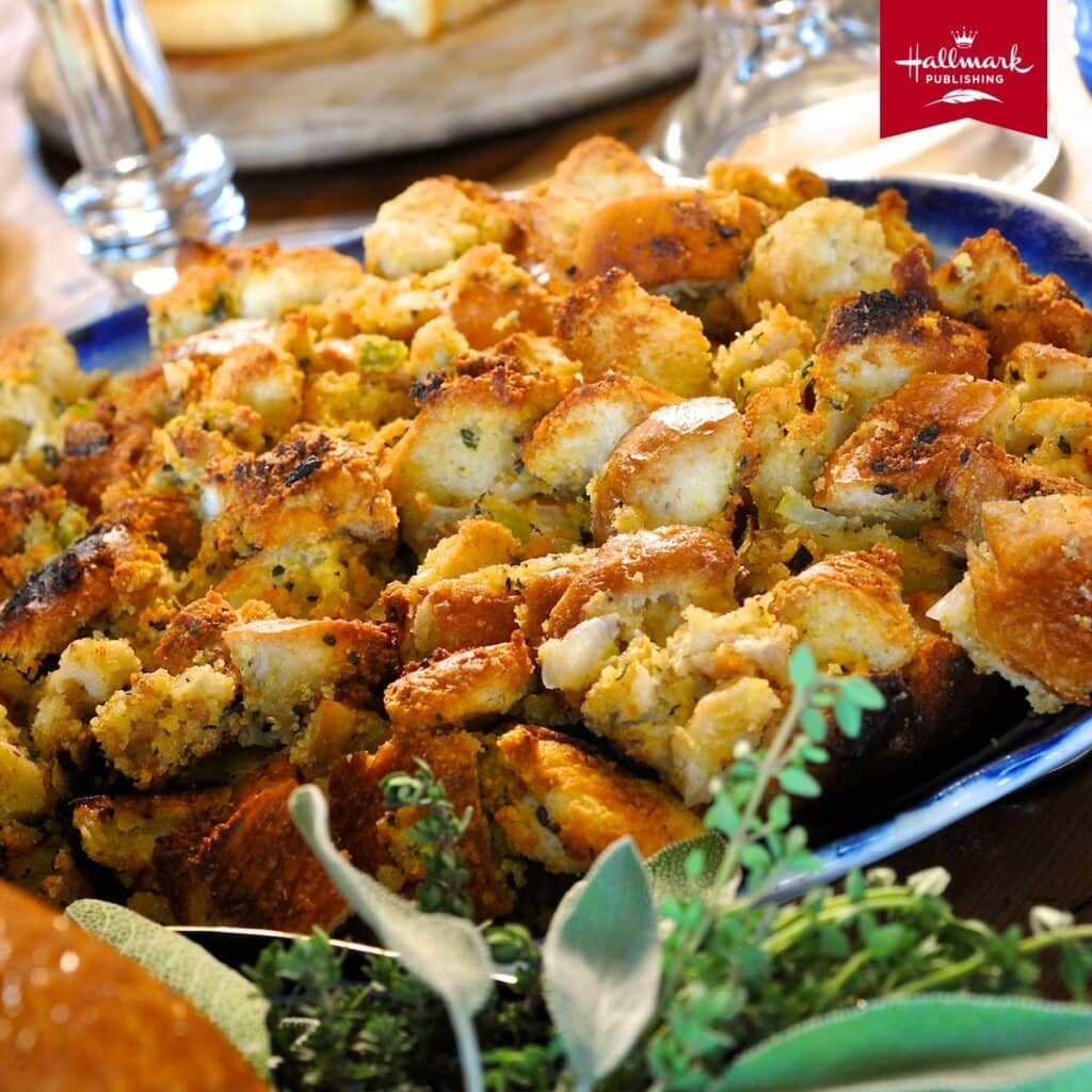 a bowl full of stuffing