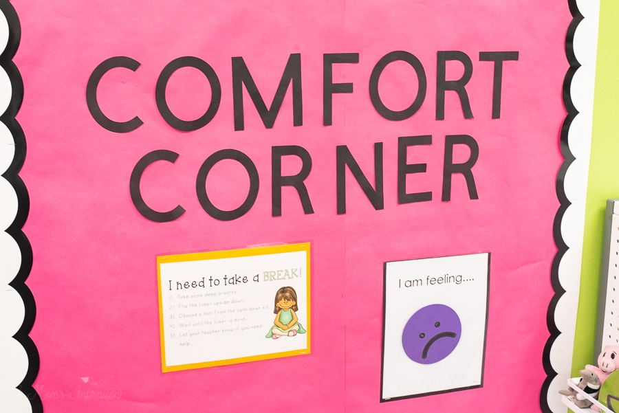 A sign that says comfort corner